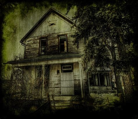 creepy house 17 best images about creepy stuff on pinterest middle school novels white fence and old houses