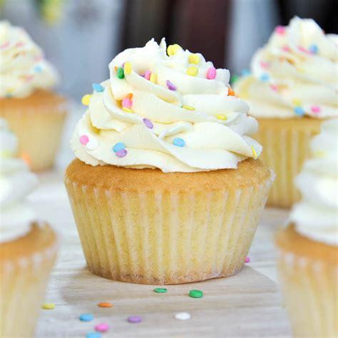 cupcake recipe vanilla cupcakes the foodie