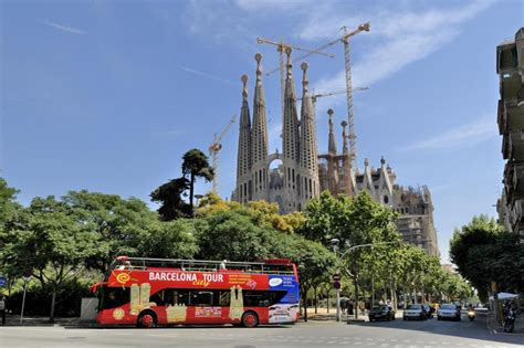 barcelona hop on hop off barcelona city tour hop on hop off barcelona