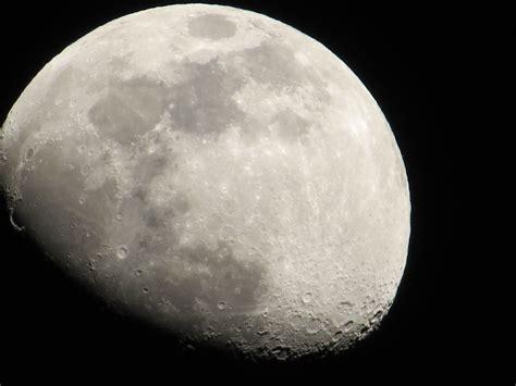 imagenes reales luna la luna imagen en vivo de nuestro satelite youtube