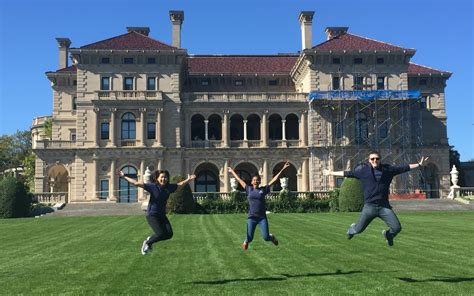 Uconn Mba Study Abroad by Brainstorming Friendships Mansions School Of Business