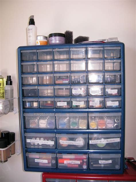 Who Makes Up The Cabinet by 20 Spick And Span Makeup Storage Cabinet Ideas