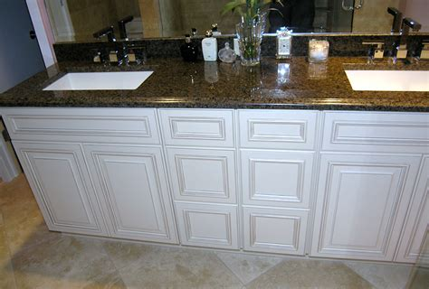 bathrooms with white cabinets white bathroom cabinets schoeman enterprises