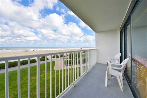comfort inn oceanfront va beach comfort inn suites virginia beach oceanfront virginia