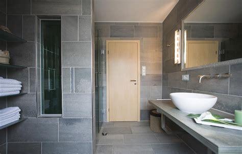 granit badezimmer granit waschtische pflegeleichte granit waschtische