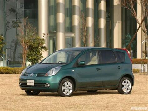 nissan note 2005 green 2005 nissan note car photo nissan car pictures