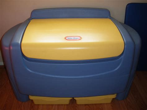 little tikes toy box bench little tikes giant toy chest blue lid toys model ideas