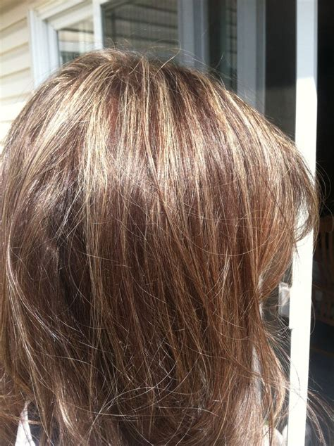 natural red hair with highlights and lowlights natural looking highlights and lowlights hair pinterest