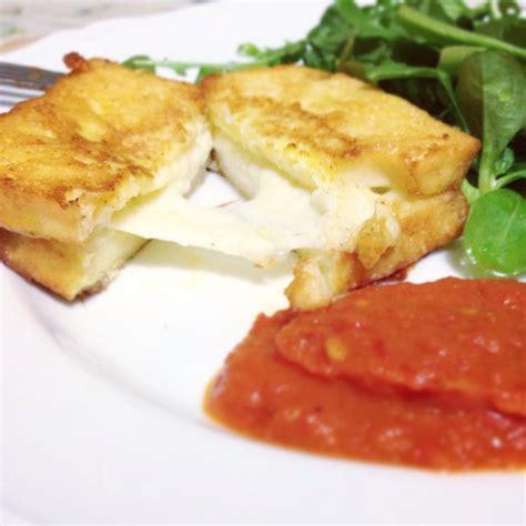 ricetta mozzarella in carrozza senza pane mozzarella in carrozza senza glutine