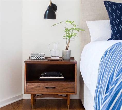 Lu Meja Kamar Tidur 35 model meja sing tempat tidur minimalis modern