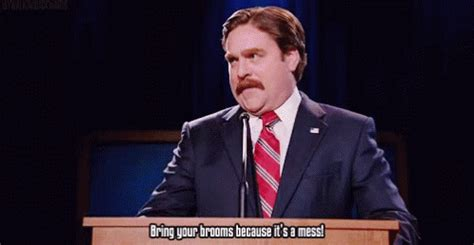 marty huggins pugs the caign zach galifianakis gif thecaign zachgalifianakis martyhuggins