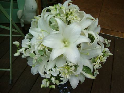 Wedding Bouquet Meaning by Caution Points Of Lilies For Wedding Bouquet By Meaning