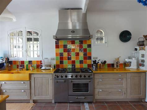 carrelage pour cr馘ence de cuisine deco pour cuisine provencale