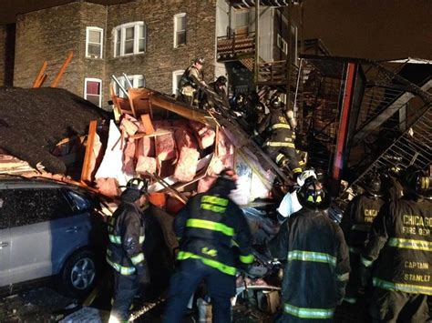 Chicago Apartment Collapse Two Pulled From Rubble After Chicago Building Collapses
