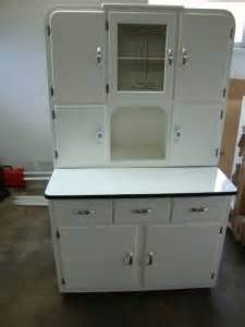 Retro Metal Kitchen Cabinets 1000 Images About Old Enamel Cabinets On Pinterest