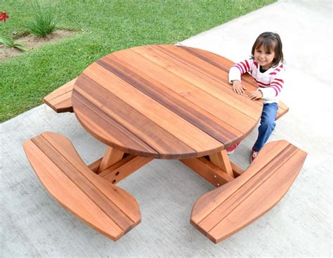 kids  picnic table  redwood  dreaming