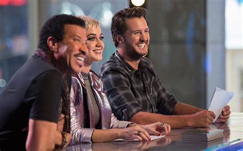 luke bryan katy perry lionel richie american idol s premiere is familiar and icky but new