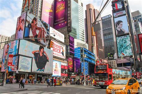 imagenes otoño en new york gu 237 a de times square luces teatros y tiendas en nueva york