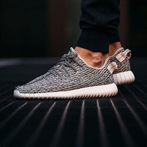 Adidas Yeezy Boost How To Spot by Adidas Yeezy Boost 350 A 36 Point Step By Step Guide On How To Spot Fakes Is Now Up On Goverify