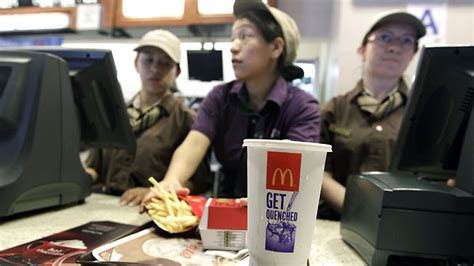 new york mcdonald s cashier punches who demanded cheese for s happy meal burger
