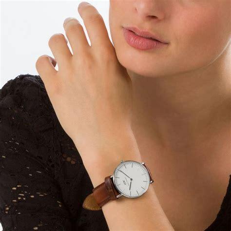 montre daniel wellington dw00100052 montre cuir marron clair femme sur bijourama montre