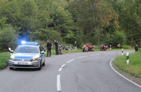 Motorradunfall Norderstedt by Pol Hm Motorradunfall Bei Boffzen Mit Schwer Verletzter