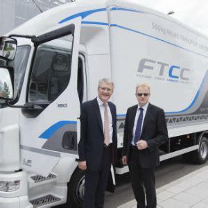 Coach J 1009 transport minister announces scheme to cut emissions in hgv s fleetpointfleetpoint