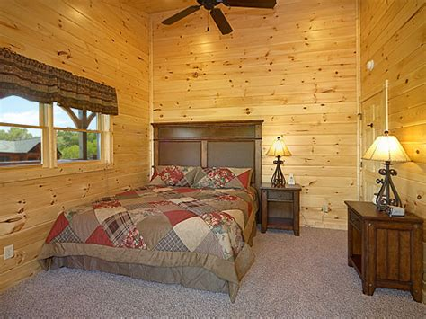 9 bedroom cabin gatlinburg gatlinburg cabin bearskin lodge 9 bedroom sleeps 25