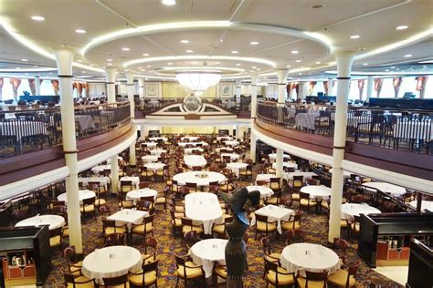 Cruise Ship Dining Room by How To The Cruise Ship For Your Family