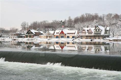 buy a boat philadelphia boathouse row winter