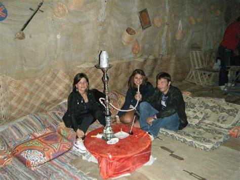 tenda dei beduini piscina con sedie dentro laqua bellisimooooooo picture
