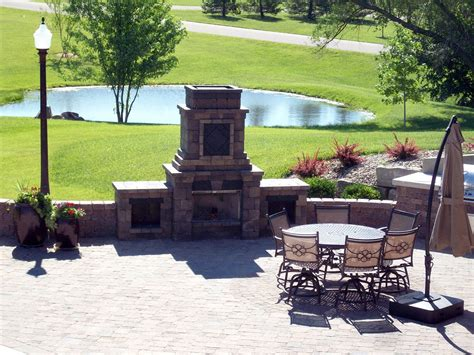 how to a small to outside outdoor living hardscape valleyscapes