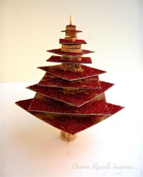 rodajas arbol manualidades c 243 mo hacer un mini arbolito de navidad con cartones y corchos