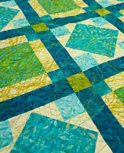 sun dance feather round quilt pattern product details keepsake all in stitches allpeoplequilt com