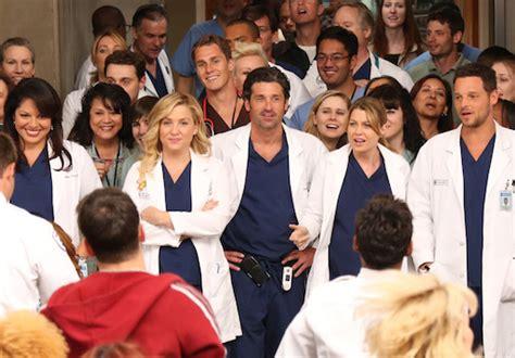 new actor grey s anatomy grey s anatomy season 12 new male surgeon doctor