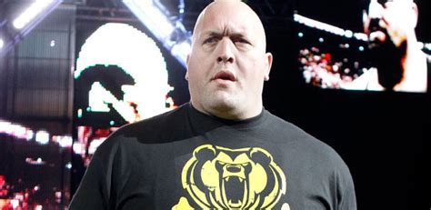 Tshirt Big Show big show gives advice to younger wrestlers talks