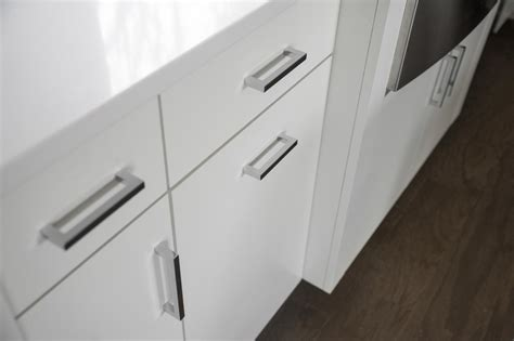 Contemporary Kitchen Cabinet Handles by Pictures Of The Hgtv Smart Home 2015 Kitchen Hgtv Smart