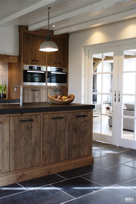 landelijke keukens en badkamers landelijke keuken en badkamer maatwerk interieurbouw van
