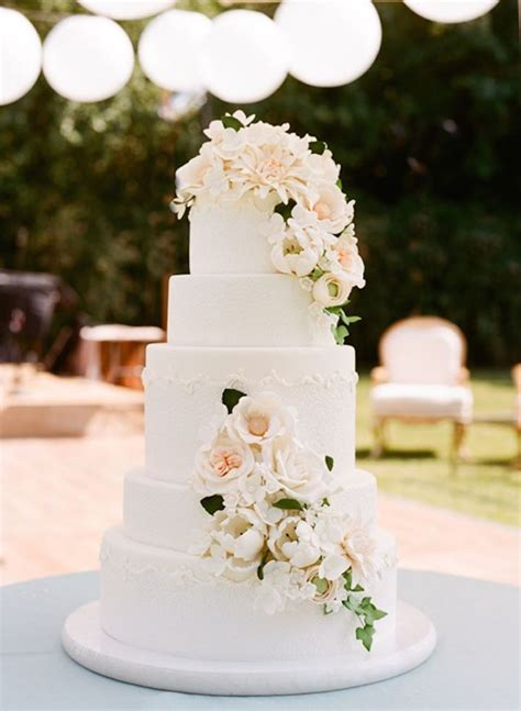 Wedding Cake Simple Flowers by 2016 Wedding Trends 28 Wonderful Wedding Ideas With