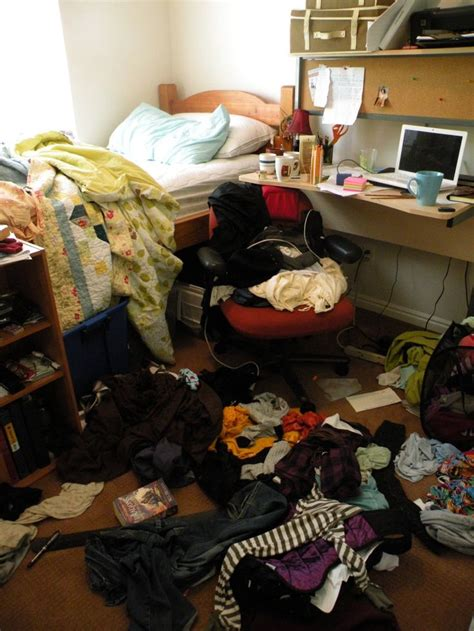 messy bedrooms the 25 best ideas about messy bedroom on pinterest