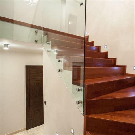 Befestigung Treppengeländer by Glas De Treppenhausbr 252 Stung