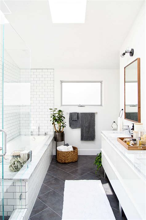 5 tips for updating your bathroom with the crate and