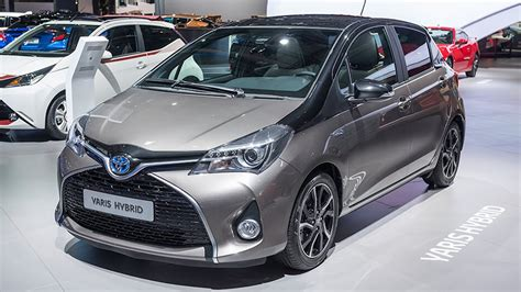 Auris Hybrid Interior Toyota Yaris To Be Launched In India Soon Youtube
