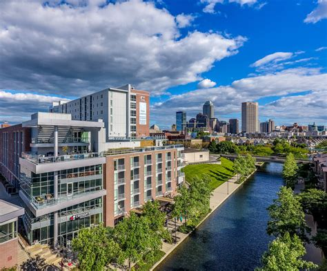 Indianapolis Appartments by 9 On Canal Indianapolis In Apartment Finder