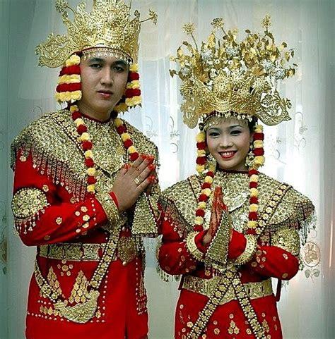 Baju Daerah Sumatra yuk intip pakaian tradisional khas sumatera barat satu nusa satu bangsa ragam budaya