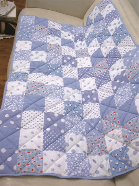 patchwork quilt detail quilting