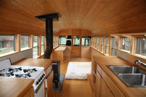 Sweatsville: 10 Awesome Bus Conversions