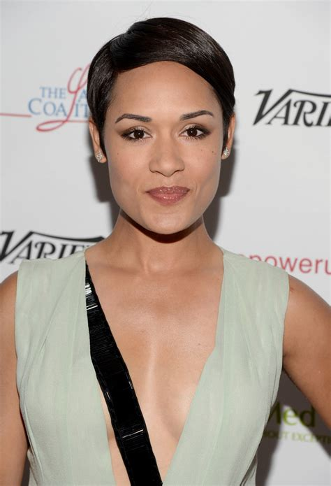 Grace Hairstyle by Grace Gealey Side Part Hairstyles Lookbook