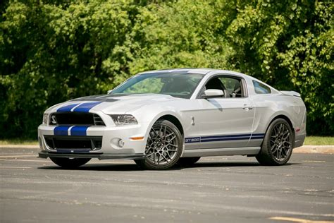 2013 mustang gt colors 2013 ford mustang specs pictures trims colors cars