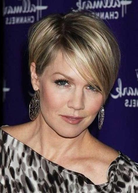 hairstyles of the 20s 30s and 40s 20 best collection of short hairstyles for women in their 40s